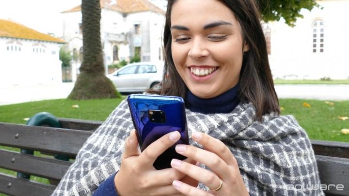 Sair da rede social Facebook deixa as pessoas mais felizes?