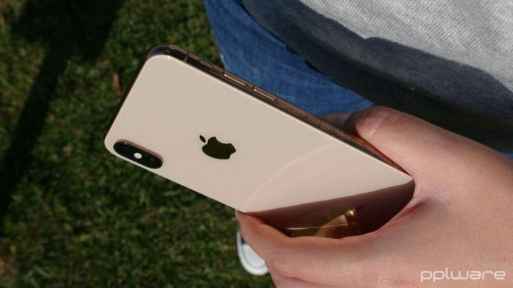 Apple iPhone XS Max iPhones