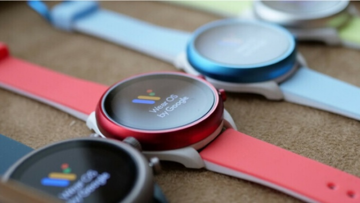 WearOS smartwatch faces relógio