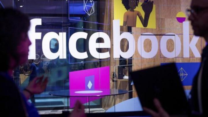 Twitter Google Bruxelas multa Facebook Instagram rede social