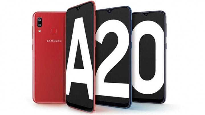 Samsung Galaxy A80 smartphones Android