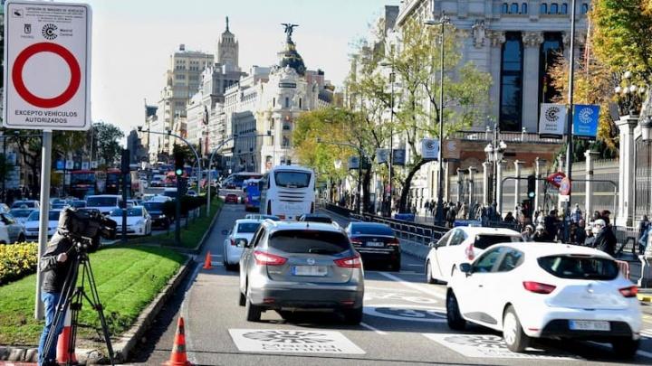 Centro de Madrid: Carros portugueses só entram com convite