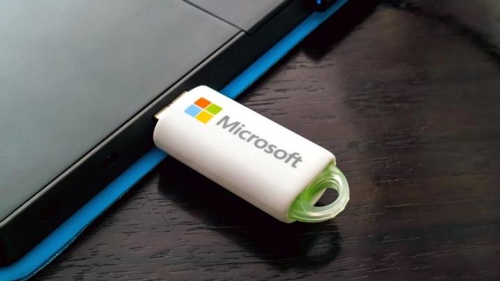 Windows 10 Microsoft disco USB leitor cartões