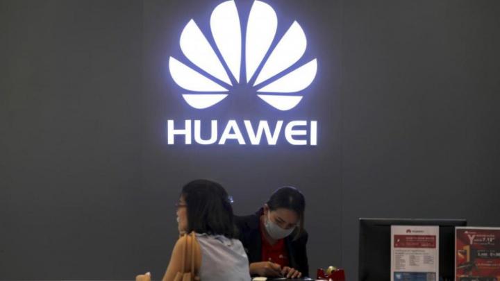 Huawei Samsung Motorola smartphones Android