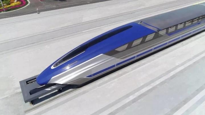 """China apresenta o comboio mais rápido do mundo que """"anda no ar"""""""