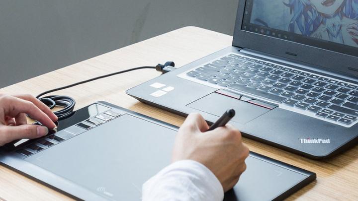 Ugee M708 - Tenha um drawing tablet de design gráfico por pouco dinheiro