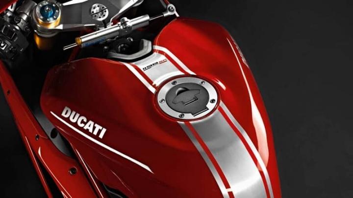Ducati scooter mota elétrica Vmoto