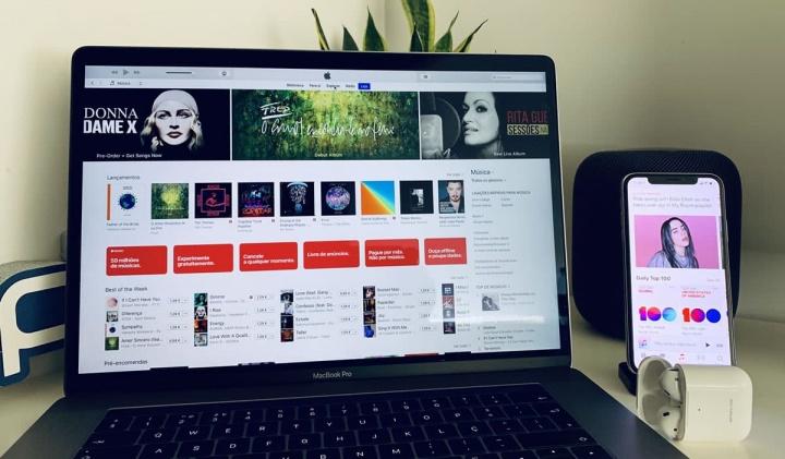 AnyTrans com mais de 10 tipos de backup de dados que o iTunes
