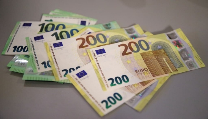 Portugal: Novas notas de 100€ e 200€ já na próxima terça-feira