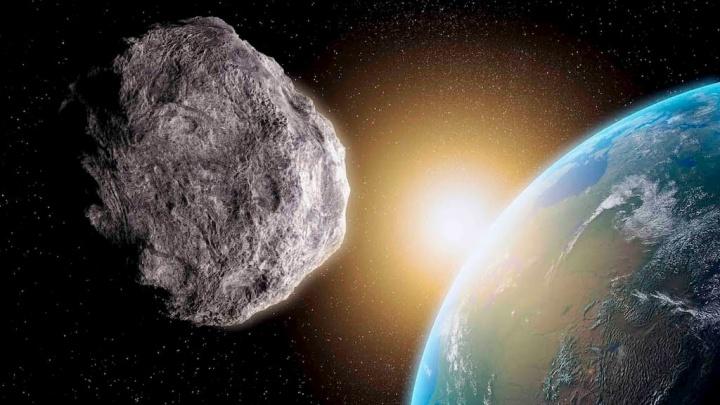 Passará o asteróide três vezes o tamanho de um campo de futebol