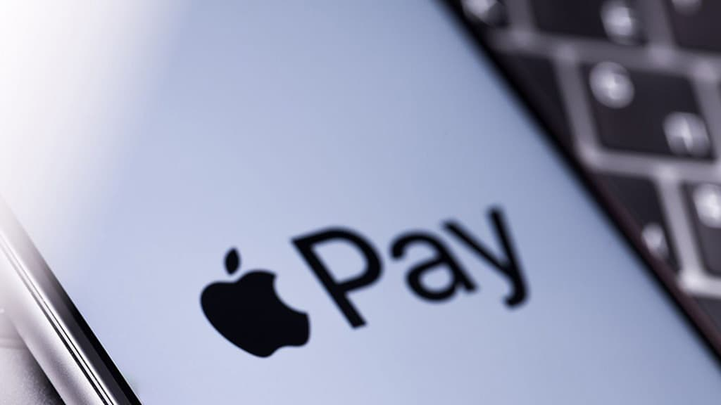 Apple Pay Monese Revolut N26
