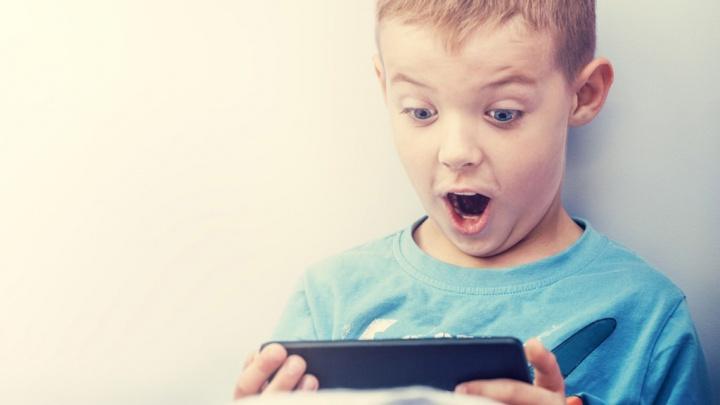 YouTube plataforma de vídeos Google crianças