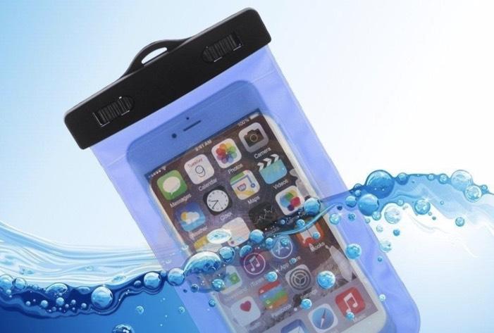 Será que o seu smartphone está preparado para a praia?