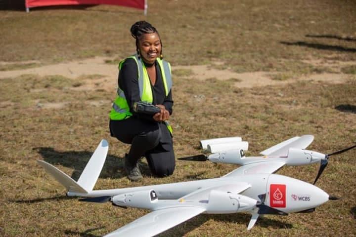 Imagem de drone que é usado para transportar sangue