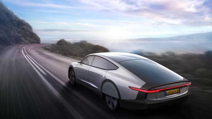 Protótipo do carro elétrico solar Lightyear One