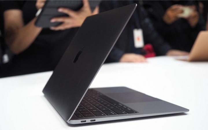 """Apple MacBook Air problemas reparação"""" width="""