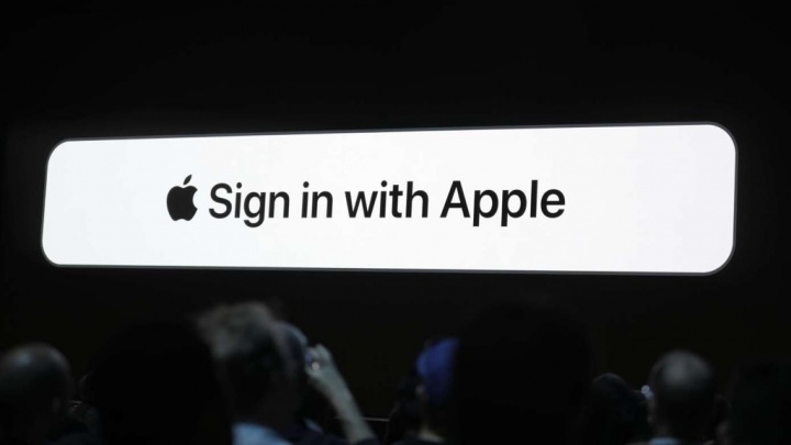 "Apple Sign In OpenID segurança privacidade"" width="
