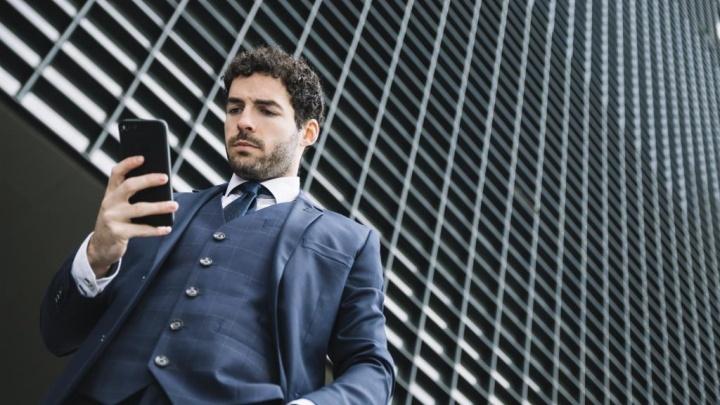 Como é que o uso de smartphone está a mudar o esqueleto humano?