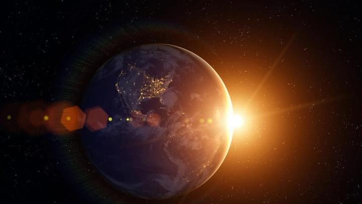 Ilustração da Terra mais lenta a passar o Afélio