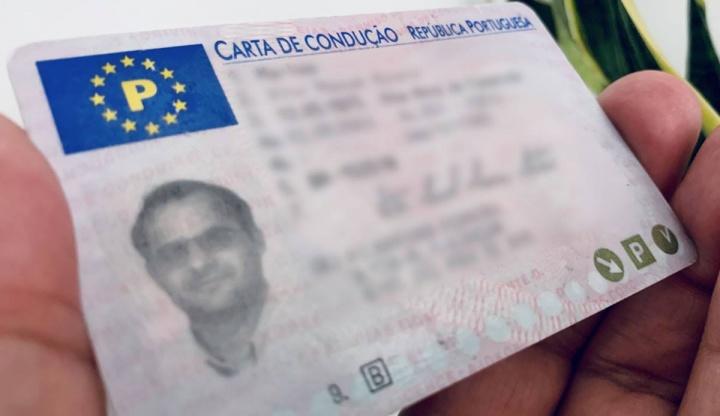 Esquema fraudulento: Carta de condução sem sair de casa