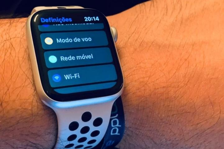NOS lança o primeiro tarifário para smartwatches com tecnologia eSim