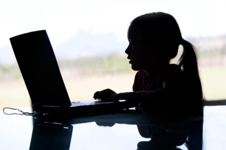 Portugal: PJ detém autor de crimes de pornografia de menores