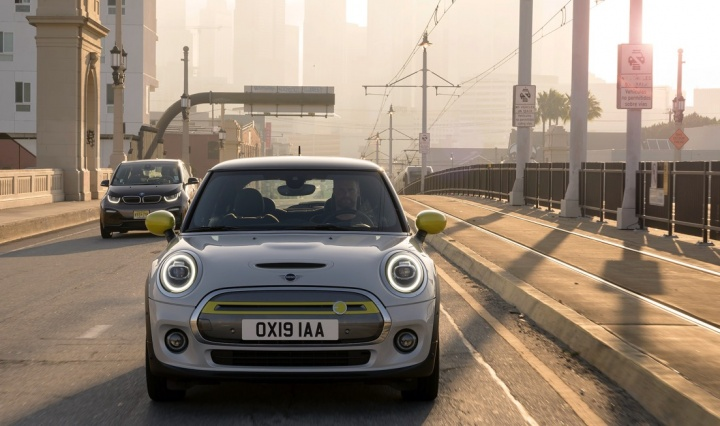 Mini Cooper SE: O mini elétrico elétrico custará 34,400 euros