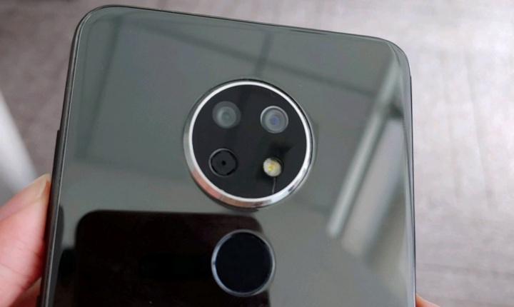 Nokia Daredevil surge em fotos e revela câmara que lembra o velho Lumia 1020