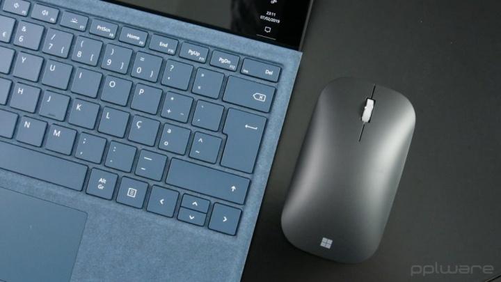 teclado sugestão texto Windows 10 escrito