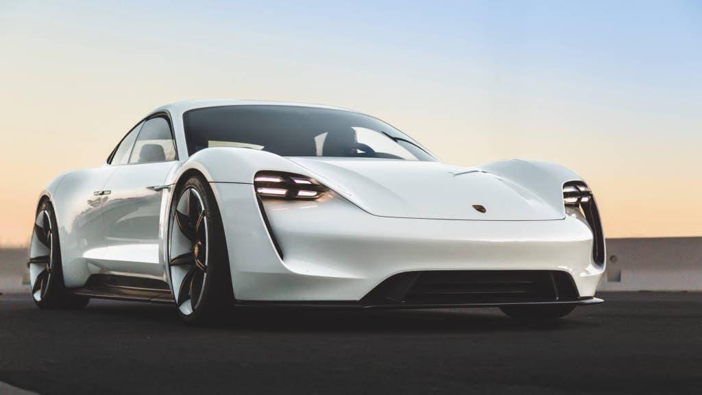 Porsche Taycan elétrico carro Nürburgring