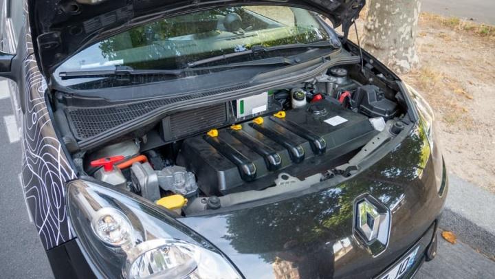 Transformar um carro a combustão num 100% elétrico? É possível e custa 5000 euros