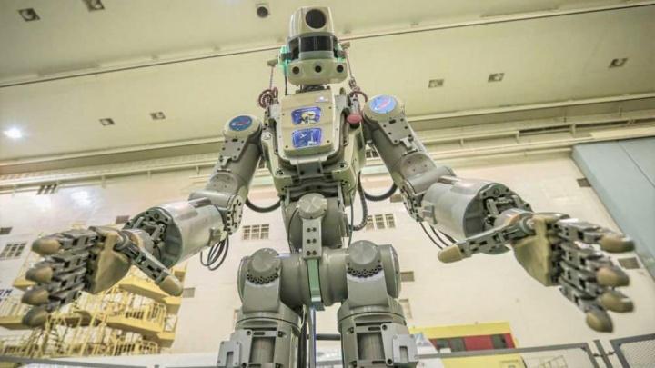Android da Rússia que vai em viagem até à ISS na nave Soyuz