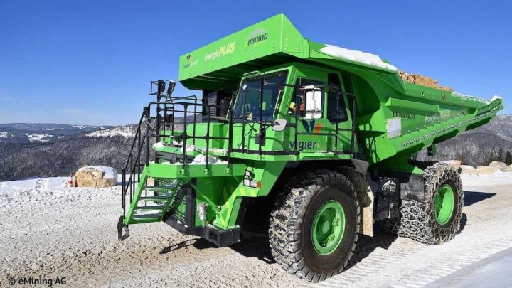 Imagem do eDumper, um camião elétrico que não consome energia