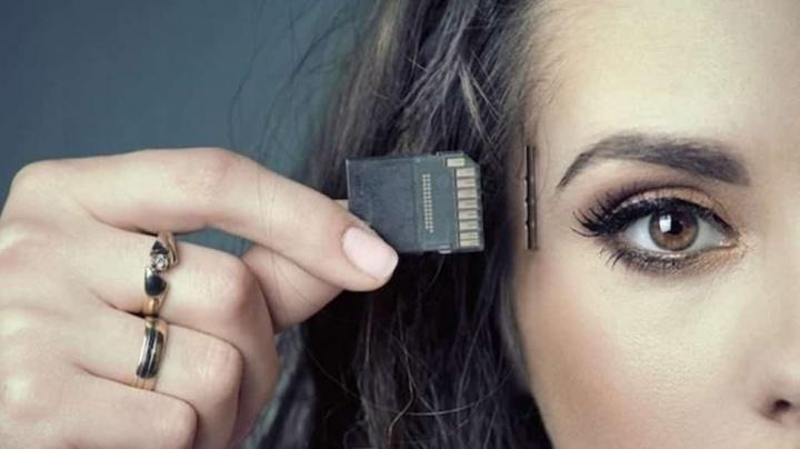 Imagem de memórias implantadas artificialmente