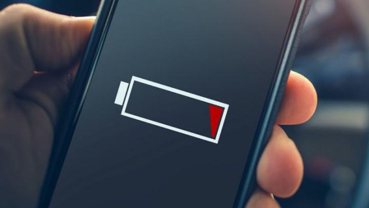 A bateria do Android descarrega mais rápido? Veja se tem estas apps