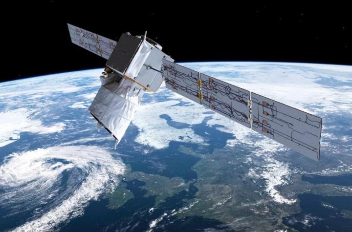 SpaceX Starlink satélite ESA chocar