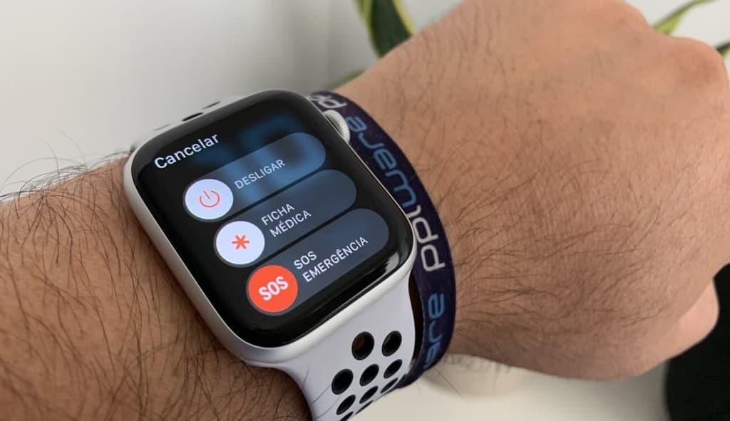 Imagem Apple Watch serviço de socorro que ajuda em caso de quedas acidentais
