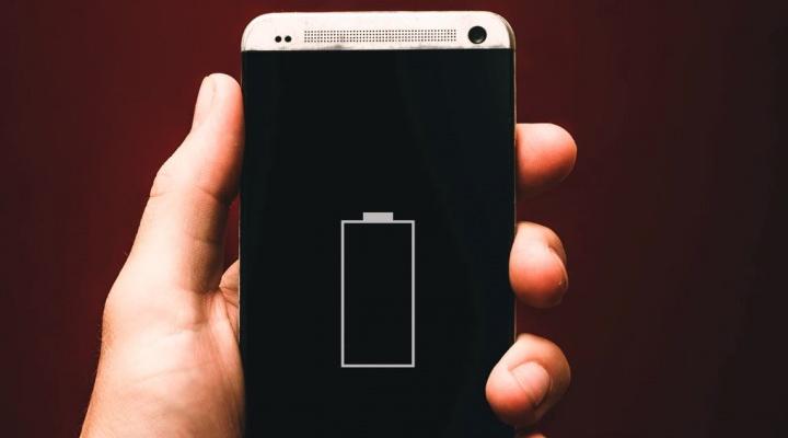 Não carregue a bateria do seu smartphone até 100%... vai estragar
