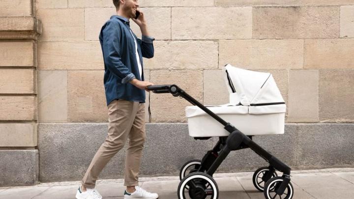 Imagem de um carrinho de bebé elétrico da Bosch