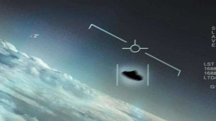 Imagem captada por piloto da marinha dos EUA de OVNIs