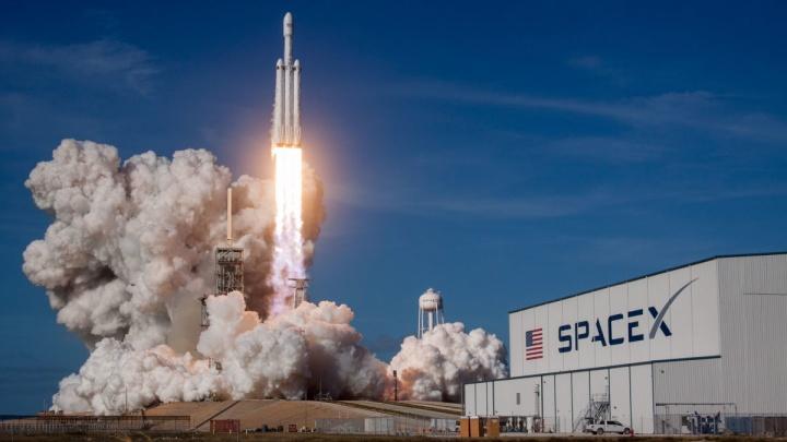SpaceX Starlink ESA satélite Aeolus