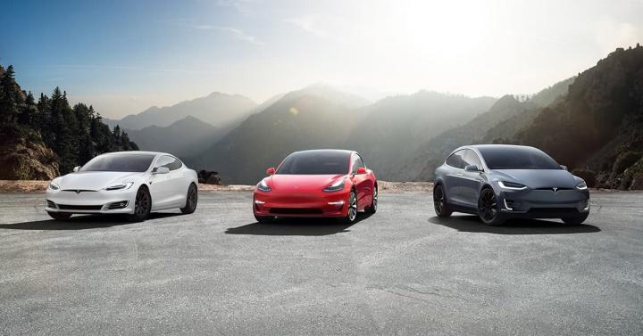 Tesla quer entrar no setor dos seguros com preços competitivos