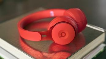 Apple revelou os Beats Solo Pro com o chip H1 e cancelamento de ruído