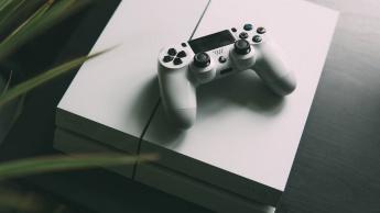 PlayStation 4 é já a segunda consola mais bem sucedida de sempre
