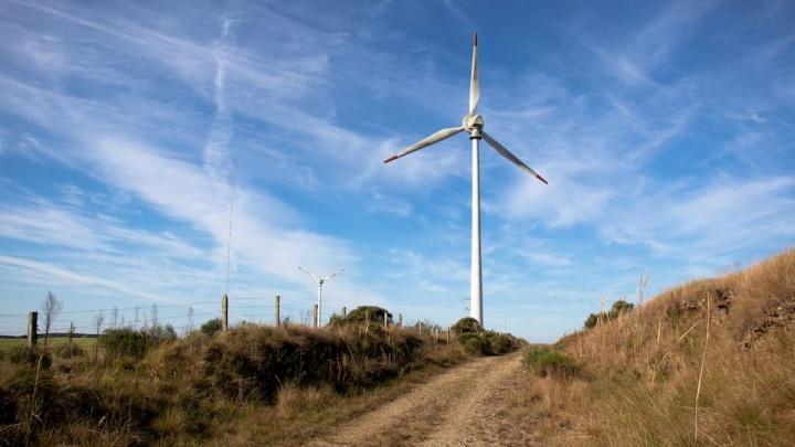 Produção renovável abasteceu 43% do consumo de energia
