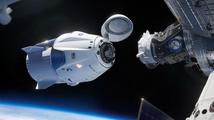 SpaceX prepara, com a NASA, um teste de emergência à sua cápsula Crew Dragon