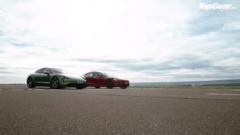 Tesla Model S vs Porsche Taycan Turbo S: nova drag race coloca os dois lado a lado