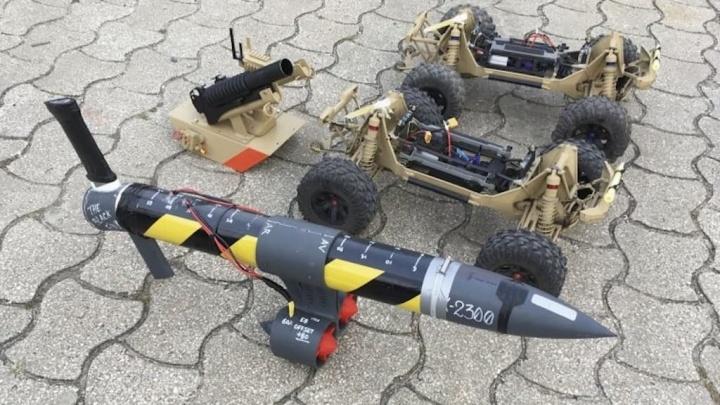 Marinha Portuguesa tem uma unidade que desenvolve drones de guerra com brinquedos Célula de Experimentação Operacional de Veículos Não Tripulados (CEOV)