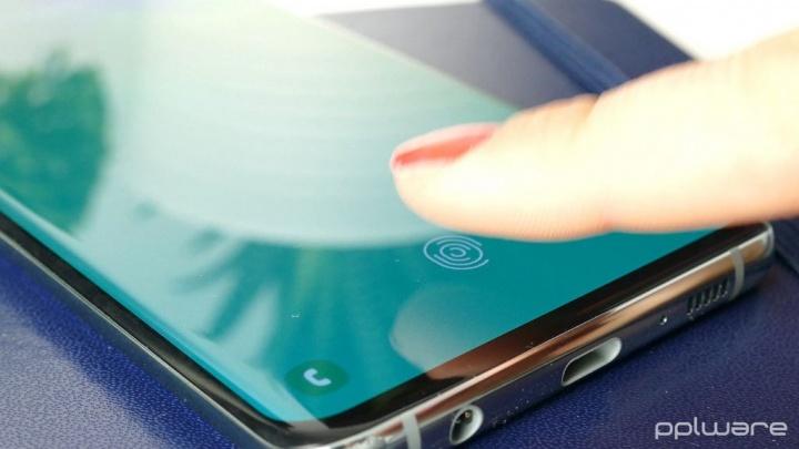 Samsung admite problemas de segurança do sensor de impressões digitais no Galaxy S10