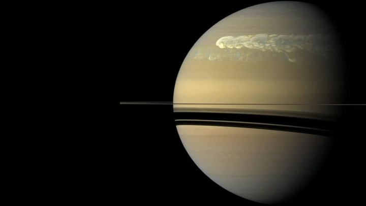 Imagem da NASA de Saturno mostra tempestades gigantes na atmosfera do planeta